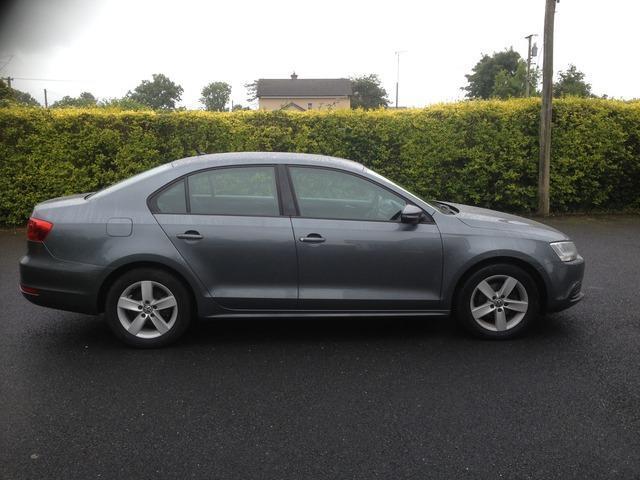 2013 Volkswagen Jetta - Image 2