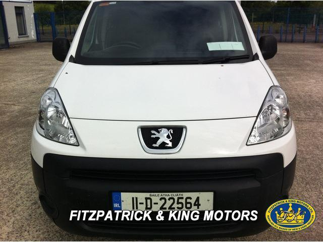 2011 Peugeot Partner - Image 2
