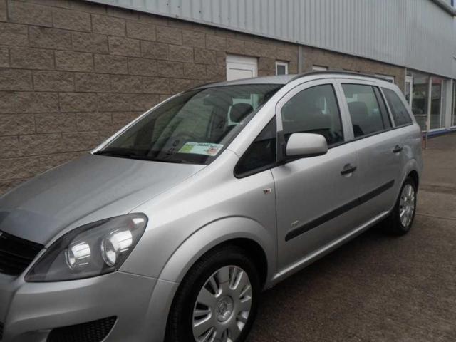 2011 Opel Zafira - Image 4