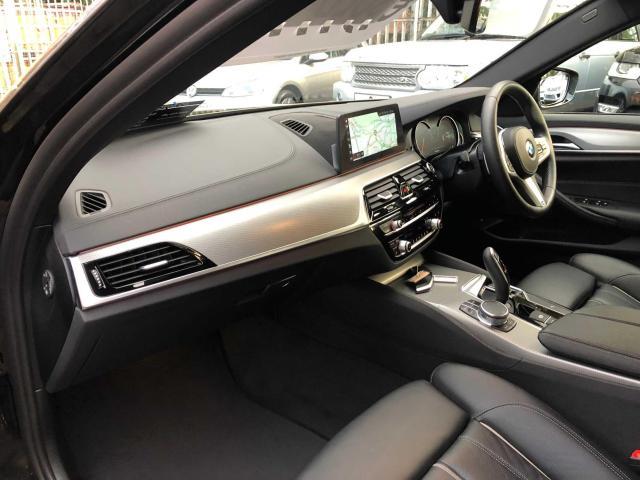 2018 BMW 5 Series - Image 21