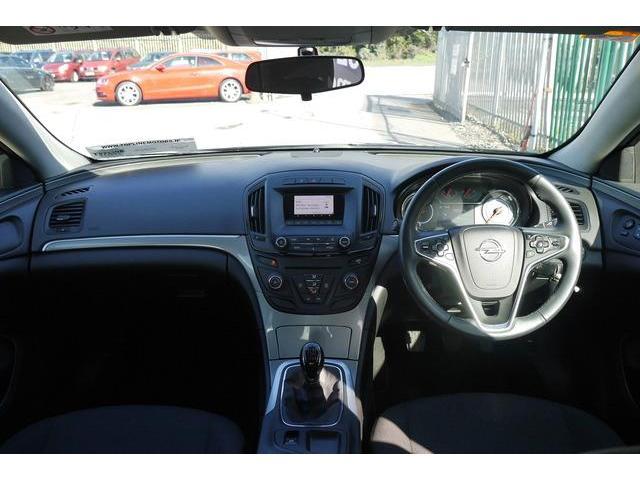 2015 Opel Insignia - Image 11