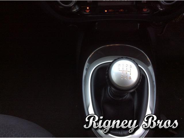 2013 Nissan Juke - Image 14