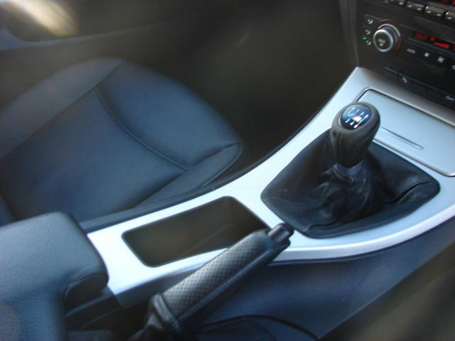 2008 BMW 3 Series - Image 11