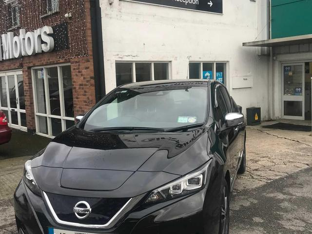 2018 Nissan Leaf - Image 2