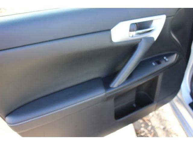 2013 Lexus CT 200h - Image 9