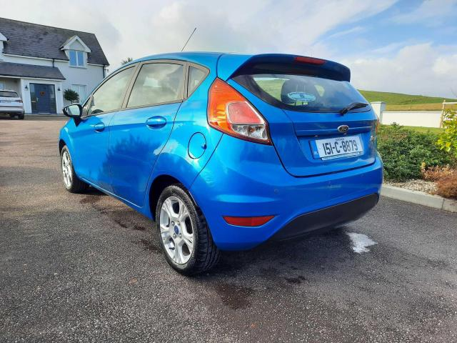 2015 Ford Fiesta - Image 2
