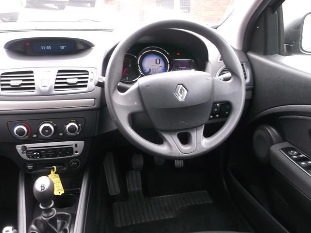 2015 Renault Fluence - Image 7