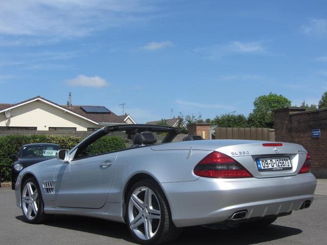 2009 Mercedes-Benz SL Class - Image 7