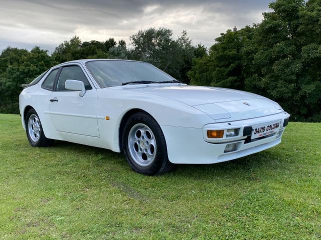 1986 Porsche 944 2.5 Automatic