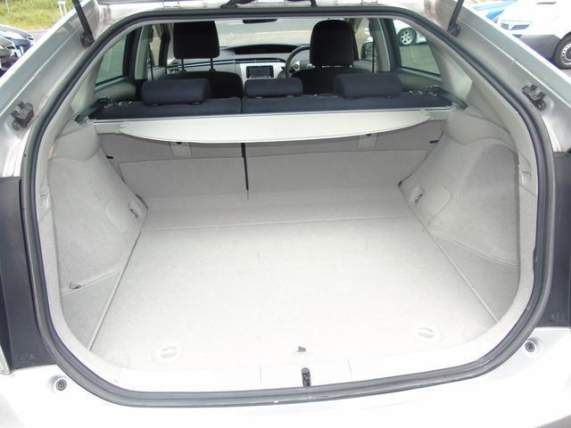 2013 Toyota Prius - Image 7