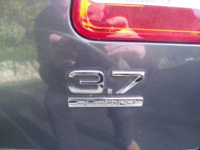 2005 Audi A8 - Image 11