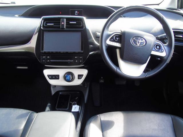 2016 Toyota Prius - Image 7