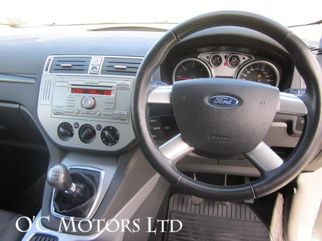 2010 Ford Kuga - Image 13