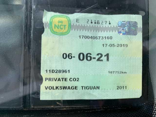 2011 Volkswagen Tiguan - Image 17