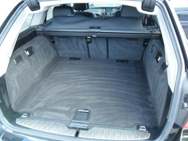 2011 BMW 5 Series - Image 14