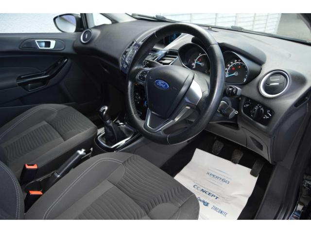 2015 Ford Fiesta - Image 8