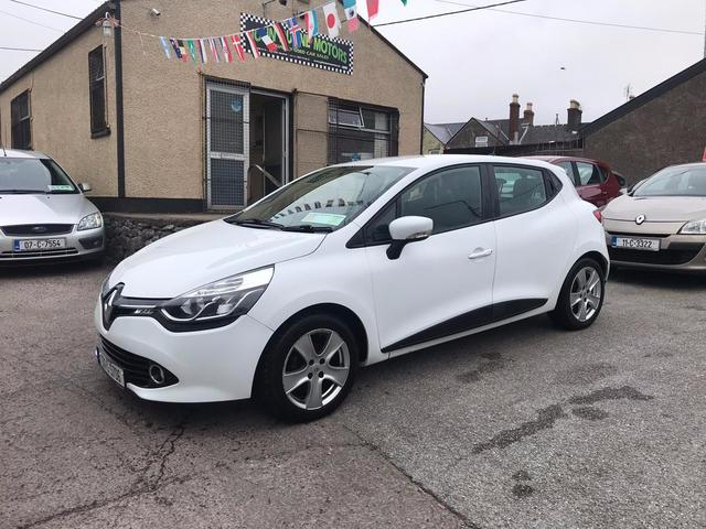 2013 Renault Clio lovely clean car