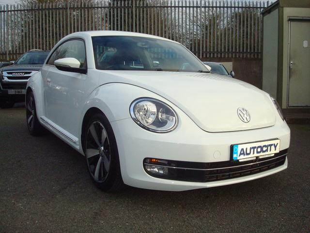 2014 Volkswagen Beetle Design TDI Bluemotion Technology