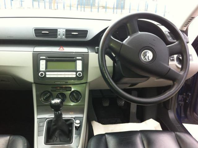 2008 Volkswagen Passat - Image 10