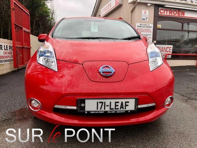 2017 Nissan Leaf - Image 14