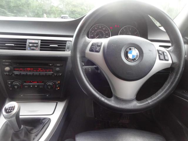2005 BMW 3 Series - Image 12