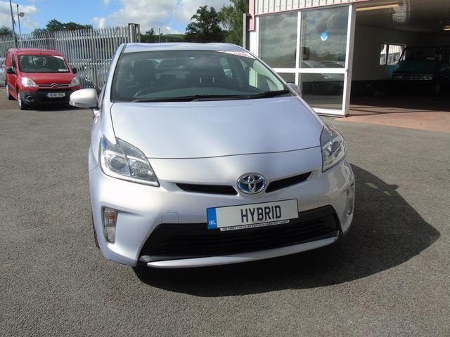 2015 Toyota Prius - Image 9