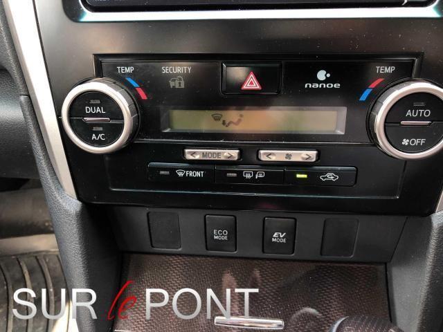2013 Toyota Camry - Image 12