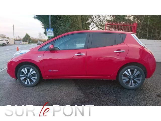 2017 Nissan Leaf - Image 2