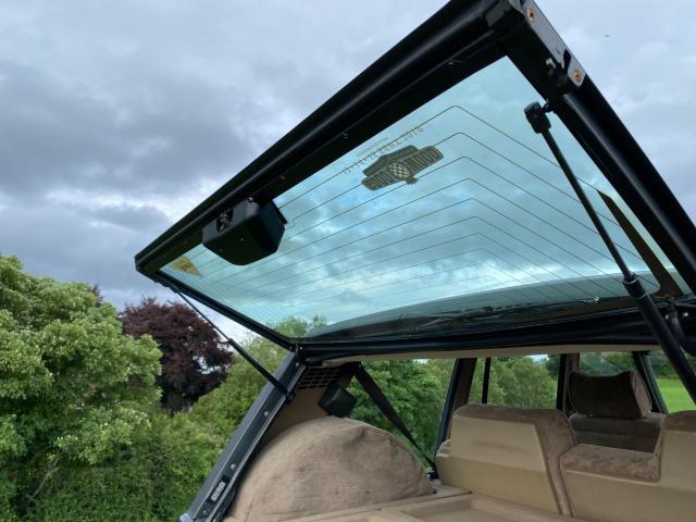 1992 Land Rover Range Rover - Image 23