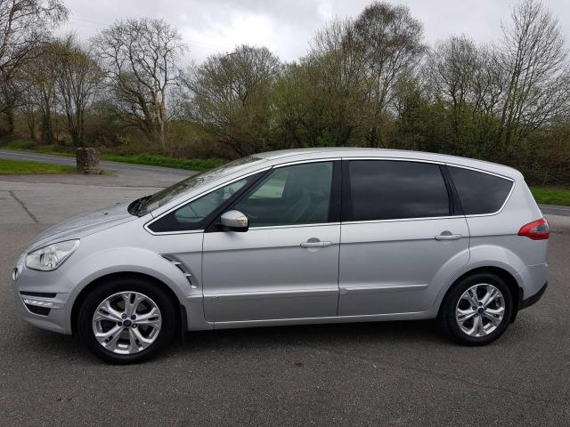 2011 Ford S-Max - Image 2