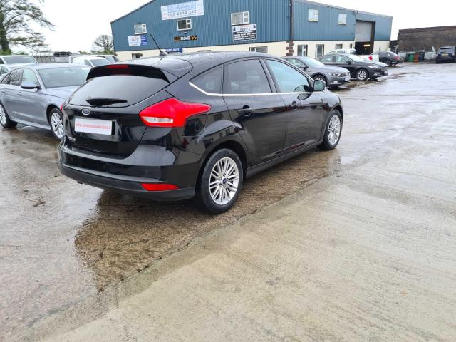 2017 Ford Focus - Image 19