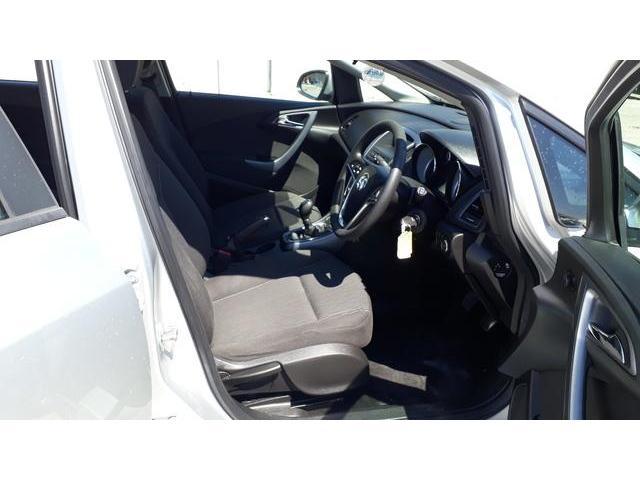 2013 Vauxhall Astra - Image 38