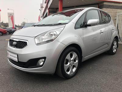 Photos of 2015 Kia VENGA 1.4L Manual