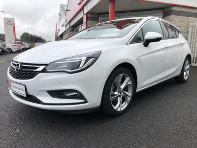 Photos of 2017 Opel ASTRA 1.6L Manual