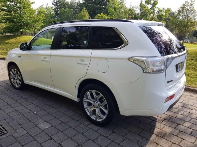 2015 Mitsubishi Outlander 2 0 PHEV GX4H AUTO *SATNAV*, Price
