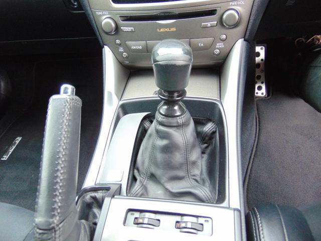 2010 Lexus IS 220D 2 2 TD F-sport 4DR, Price: €9,550 2 2