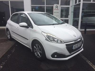 Photos of 2016 Peugeot 208 1.6L Manual