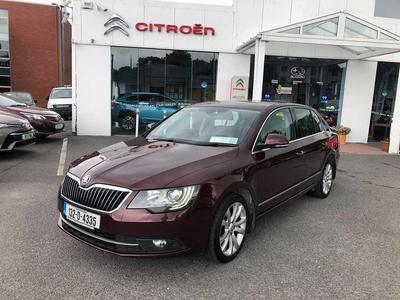 Photos of 2013 Skoda SUPERB 1.6L Manual