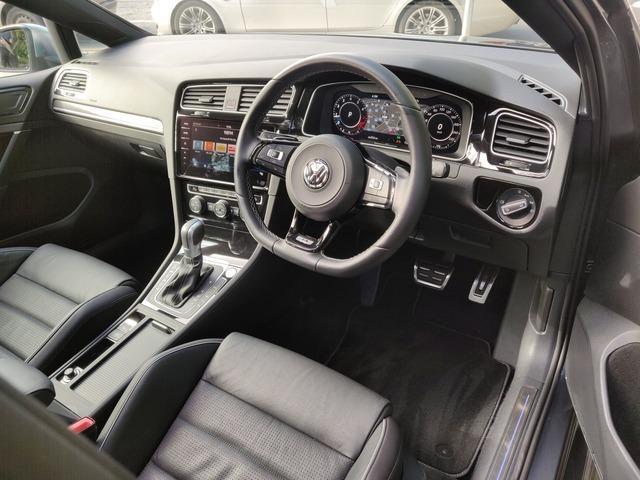 2018 Volkswagen Golf - Image 11