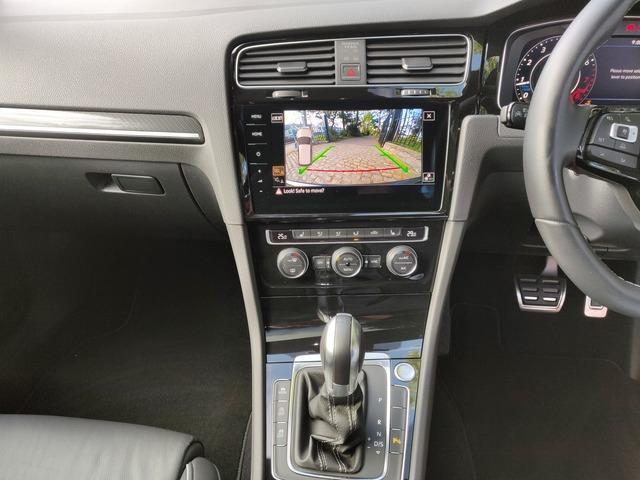 2018 Volkswagen Golf - Image 13