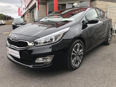 Photos of 2015 Kia PRO_CEED 1.6L Manual