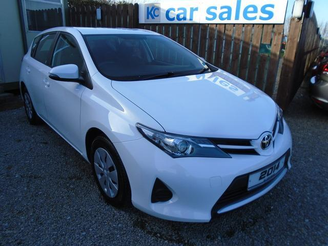 2014 Toyota Auris 1 4 D 4d Active 12 Mth Warranty Low Miles
