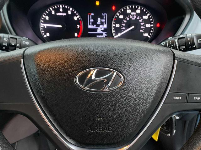 2016 Hyundai i20 - Image 9