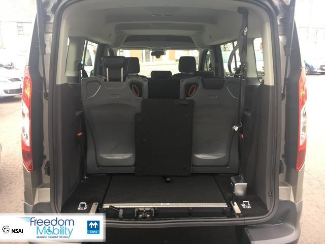 2018 Ford Tourneo Connect 7 Seater Wheelchair Car Price