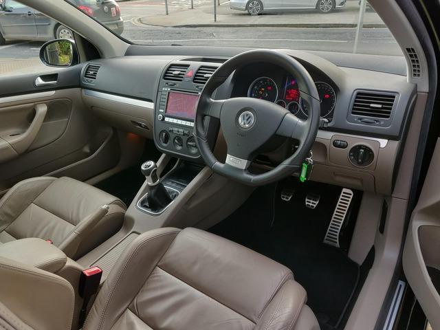2008 Volkswagen Golf - Image 9