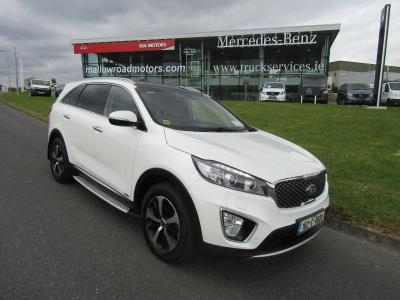 Photos of 2016 Kia SORENTO 2.2L Automatic