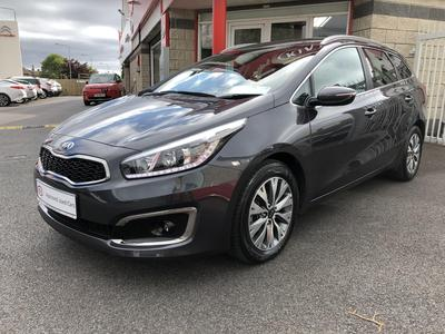 Photos of 2017 Kia CEED 1.6L Automatic