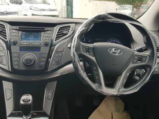 Photos of Hyundai i40