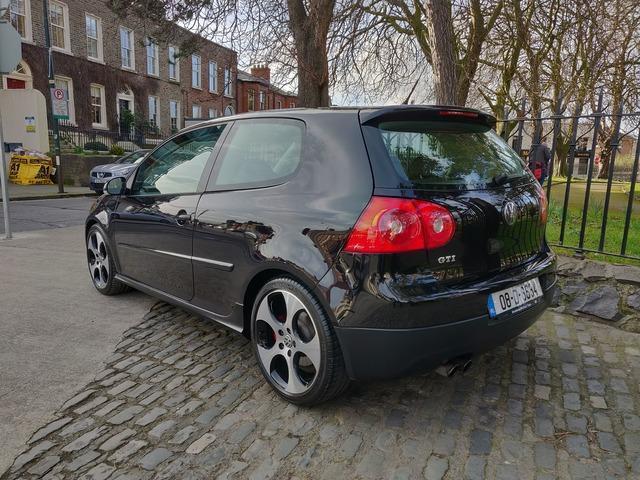 2008 Volkswagen Golf - Image 5