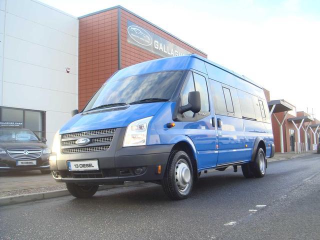 823d240b58bf91 2013 Ford Transit (132) 17 Seater Minibus T430 2.2 135 BHP Comes ...